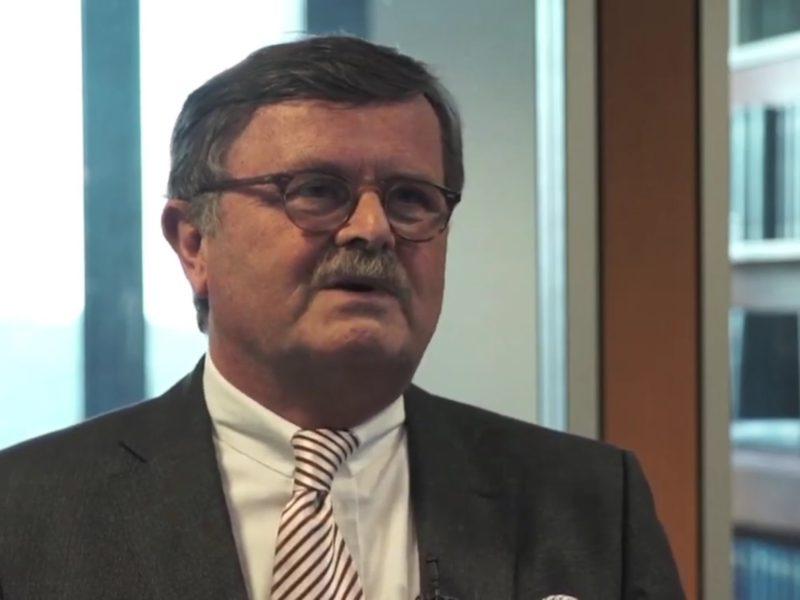 § 219a: Ärzte-Chef Montgomery begrüßt Kompromissvorschlag Meldung