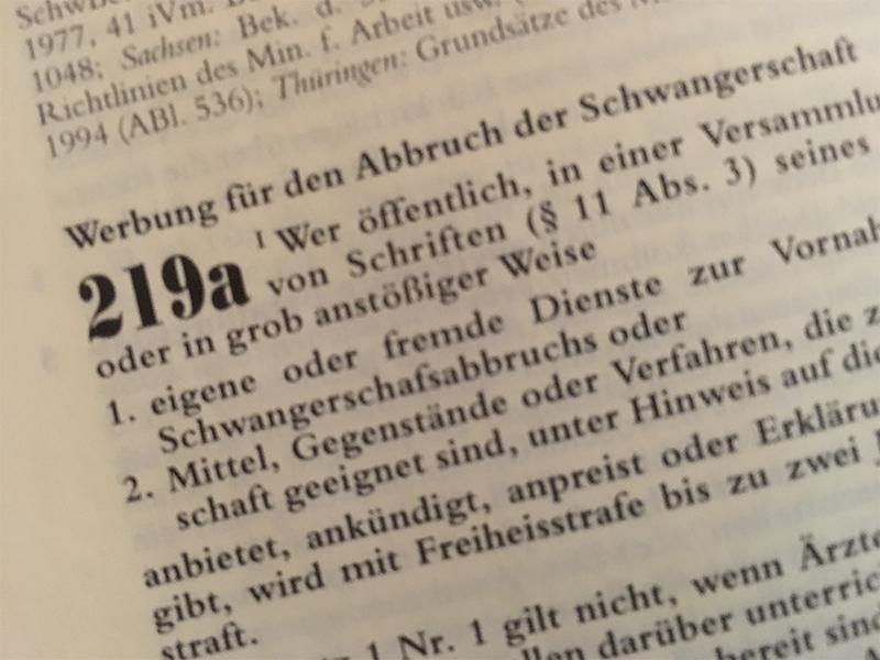 § 219a: Amtsgericht Kassel stellt Verfahren ein Meldung